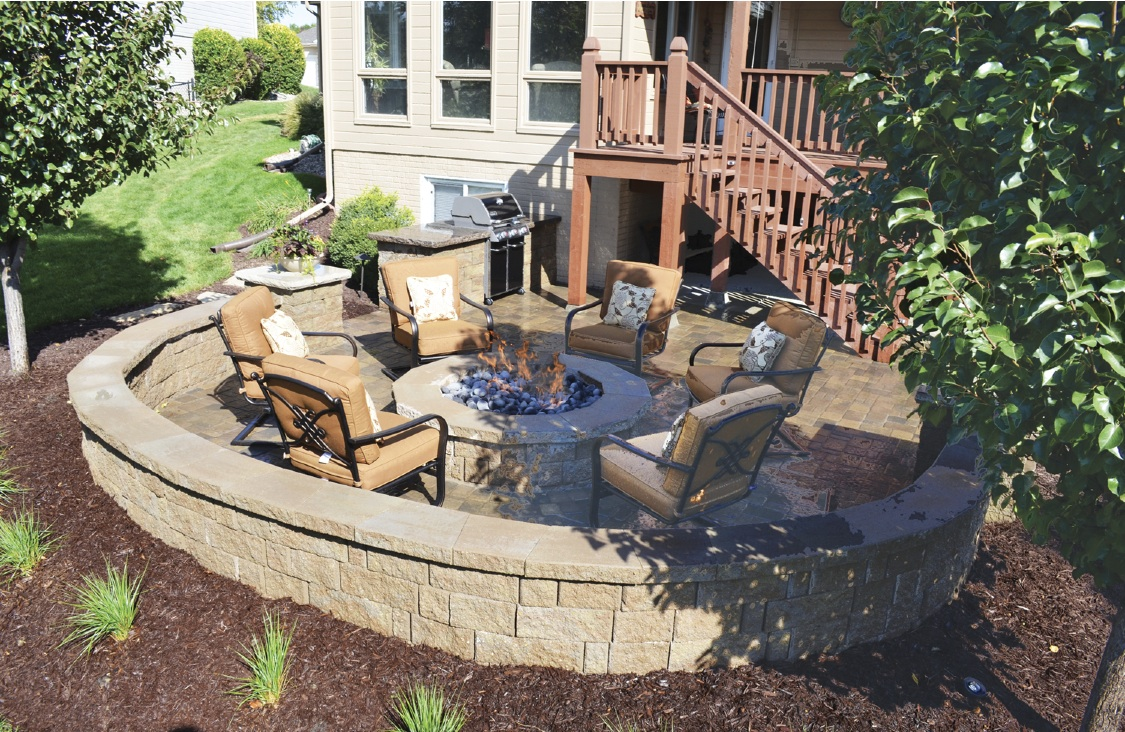 outdoor living omaha landscaping